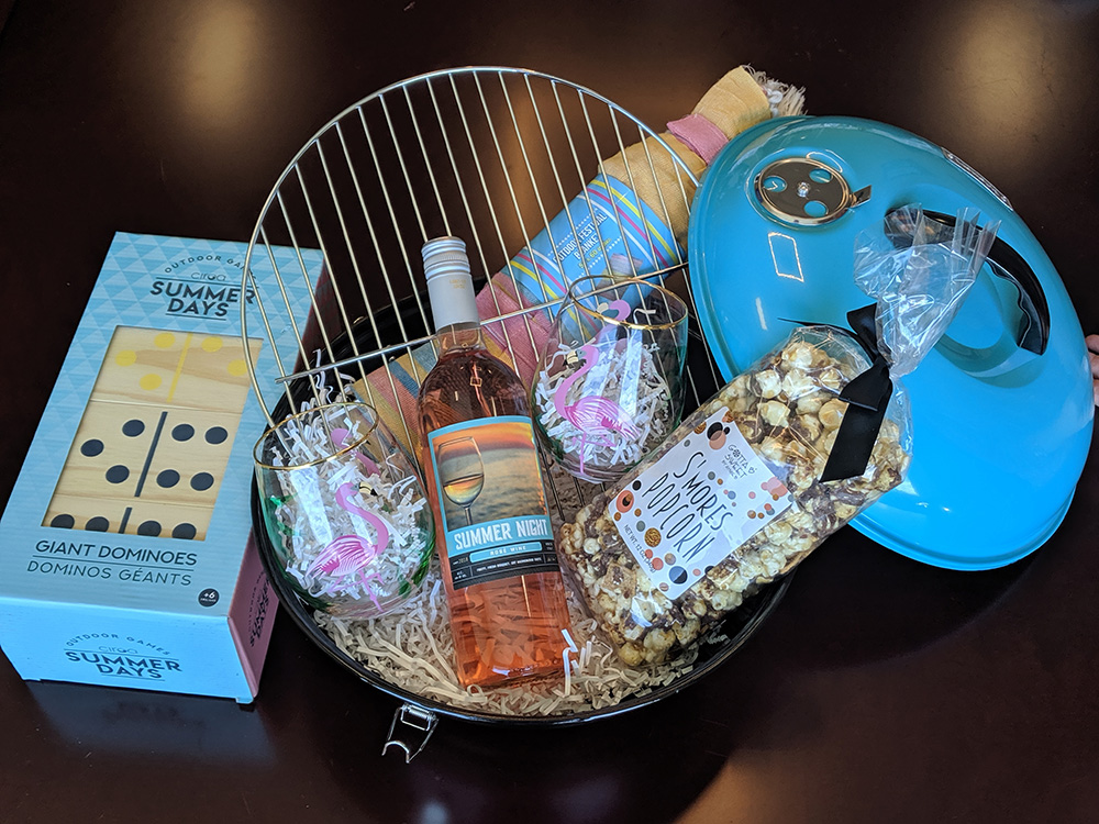 Summer Night Gift Basket Wine